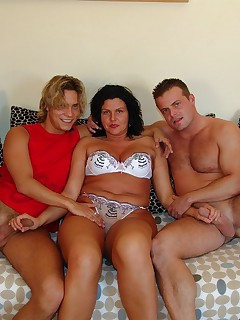 Threesome with mature women