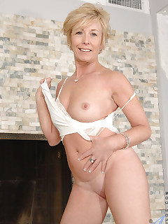 Charlee chase free ones porn movies